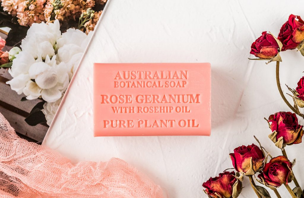 Rose Geranium with Rosehip Oil